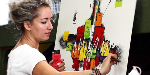 fabienne-rosalina-artiste-en-arts-contemporain-600-x-300
